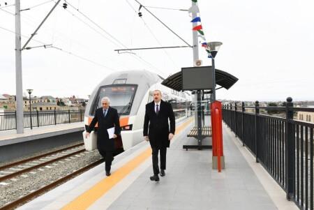 Prezident İlham Əliyev Abşeron dairəvi dəmir yolunun Pirşağı-Görədil-Novxanı-Sumqayıt hissəsinin açılışında iştirak edib